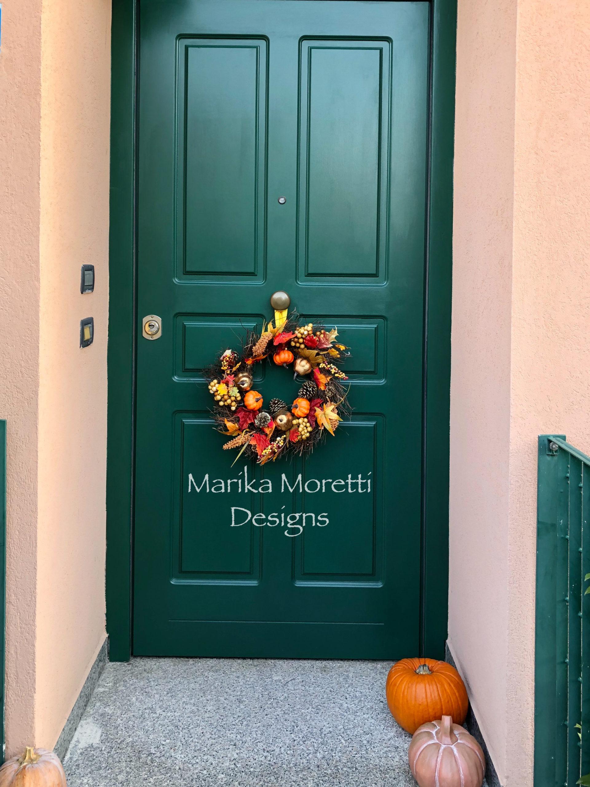 Dipingere la porta di casa