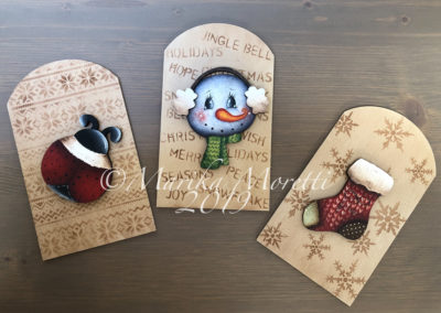 Winter trio tags